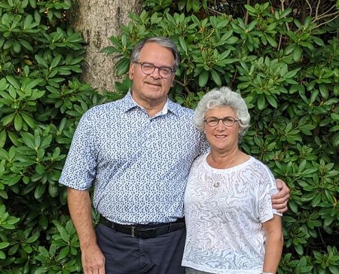 Dr. Howard Conter and Karen Conter